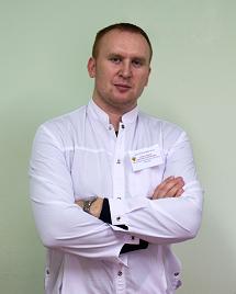 Заведующий хирургическим отделением – врач-хирург Александров Дмитрий Васильевич